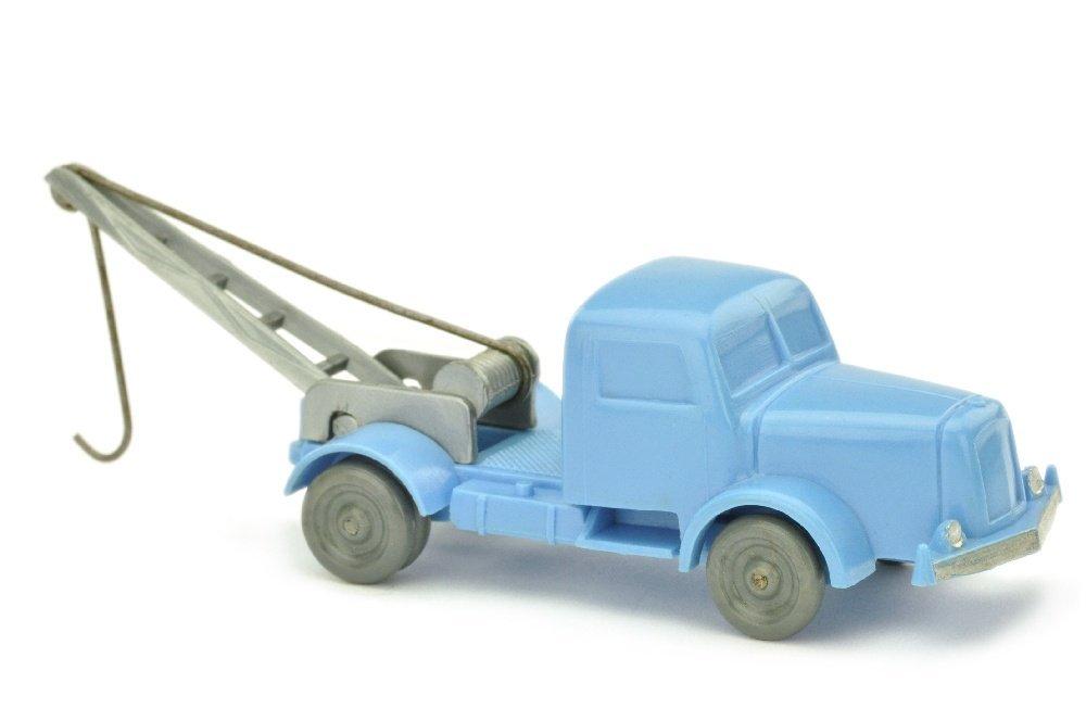Abschleppwagen Henschel, lilablau