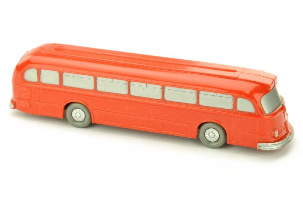 Omnibus Mercedes O 6600, orangerot
