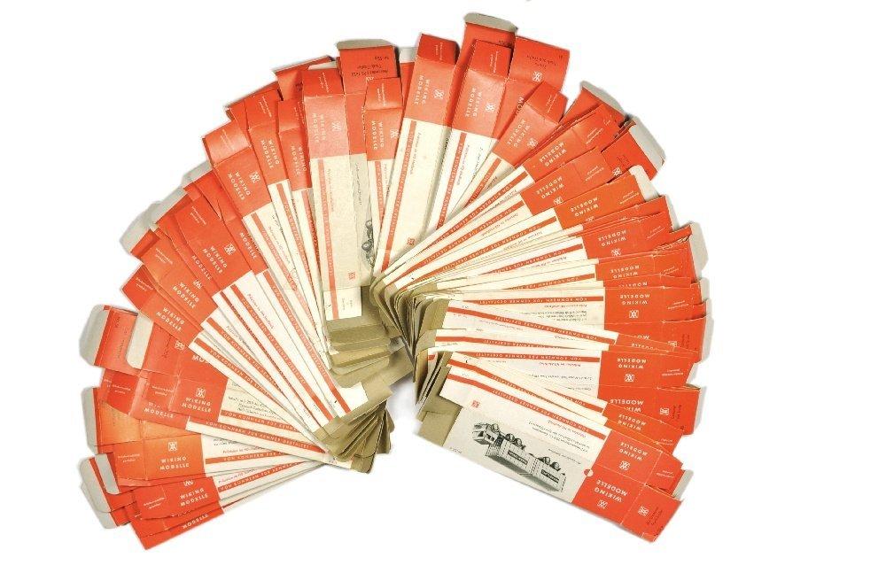 Konvolut 50 leere Originalkartons
