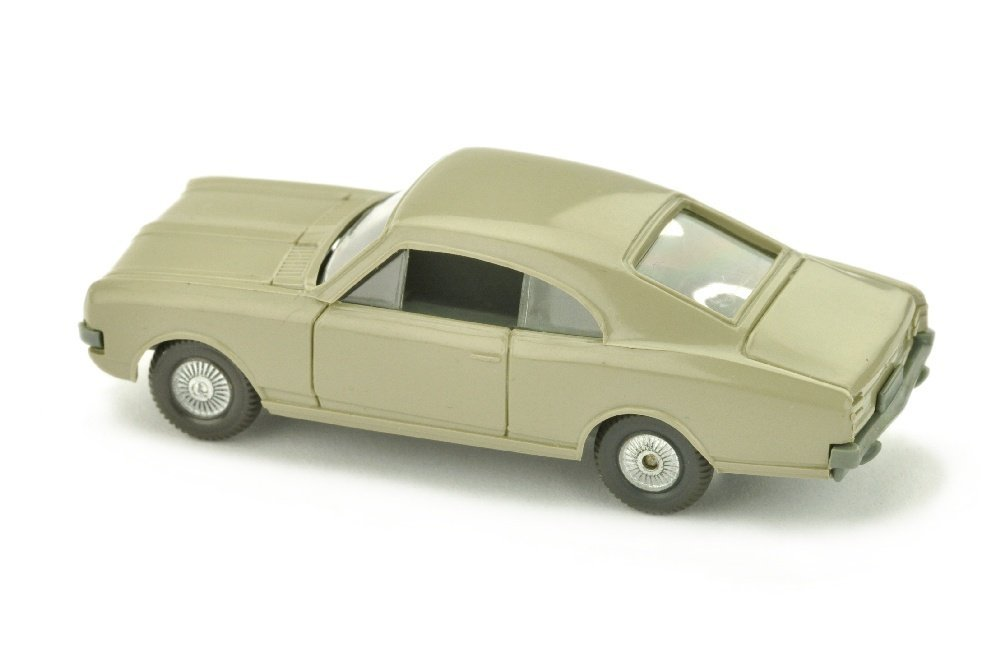 Opel Commodore A Coupe, olivgrau - 2