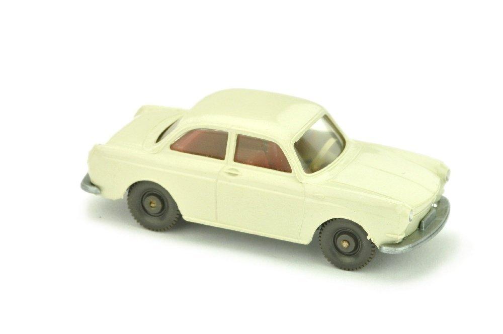 VW 1600 Stufenheck, perlweiss