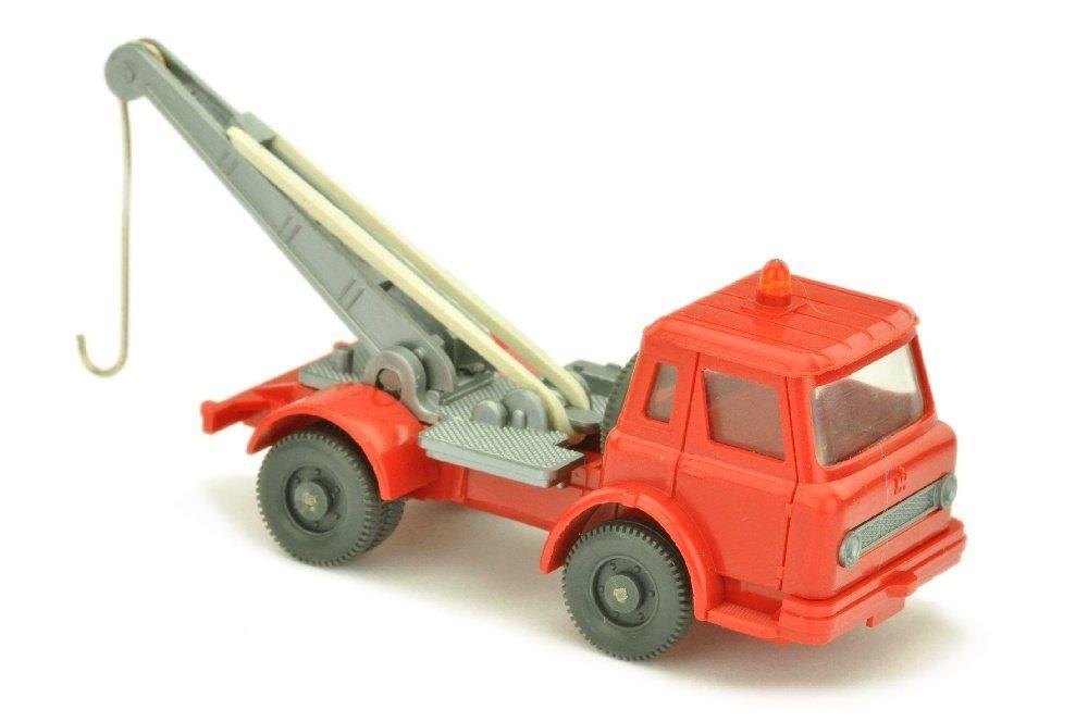 Abschleppwagen Int. Harvester, rot