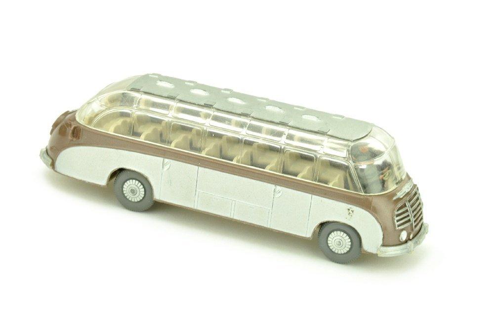 Setra-Bus, braunmetallic
