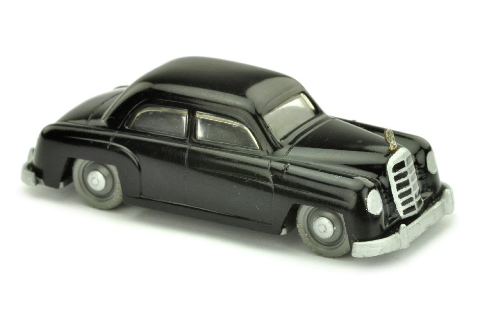 V 2- Mercedes 180, schwarz