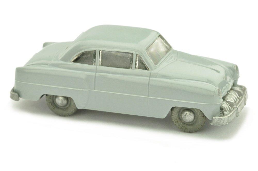 V 7- Opel Rekord, silbergrau