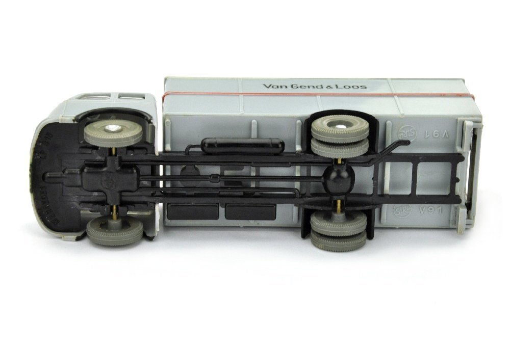 V 91- Speditionswagen Mercedes - 2