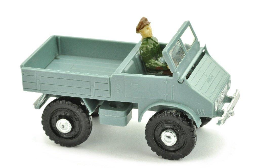 V 104- Unimog 401, helles gruenblau