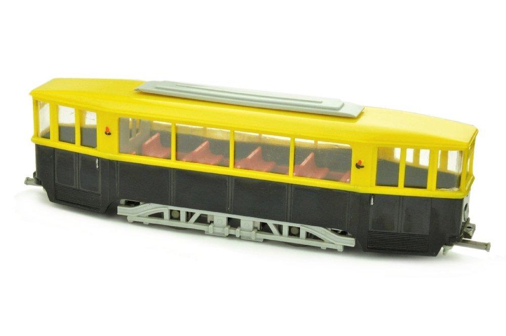 V 57- Strassenbahnanhaenger, gelb/schwarz