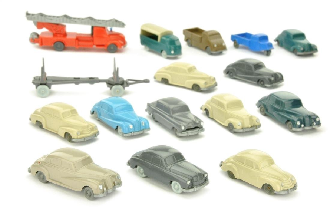 Konvolut 16 unverglaste Modelle