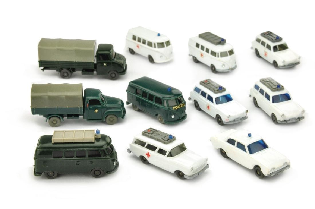 Konvolut 11 Einsatzwagen der 60er/70er Jahre