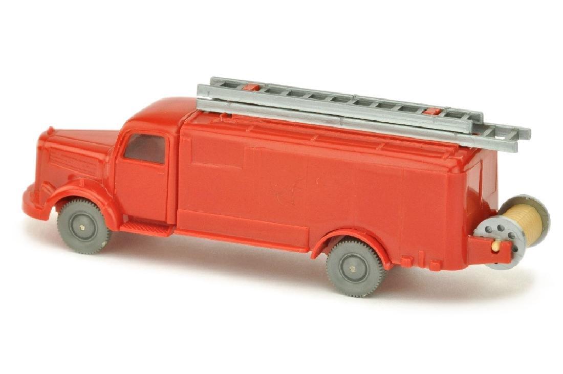 Spritzenwagen MB 3500, rot (mit Blinkern) - 2