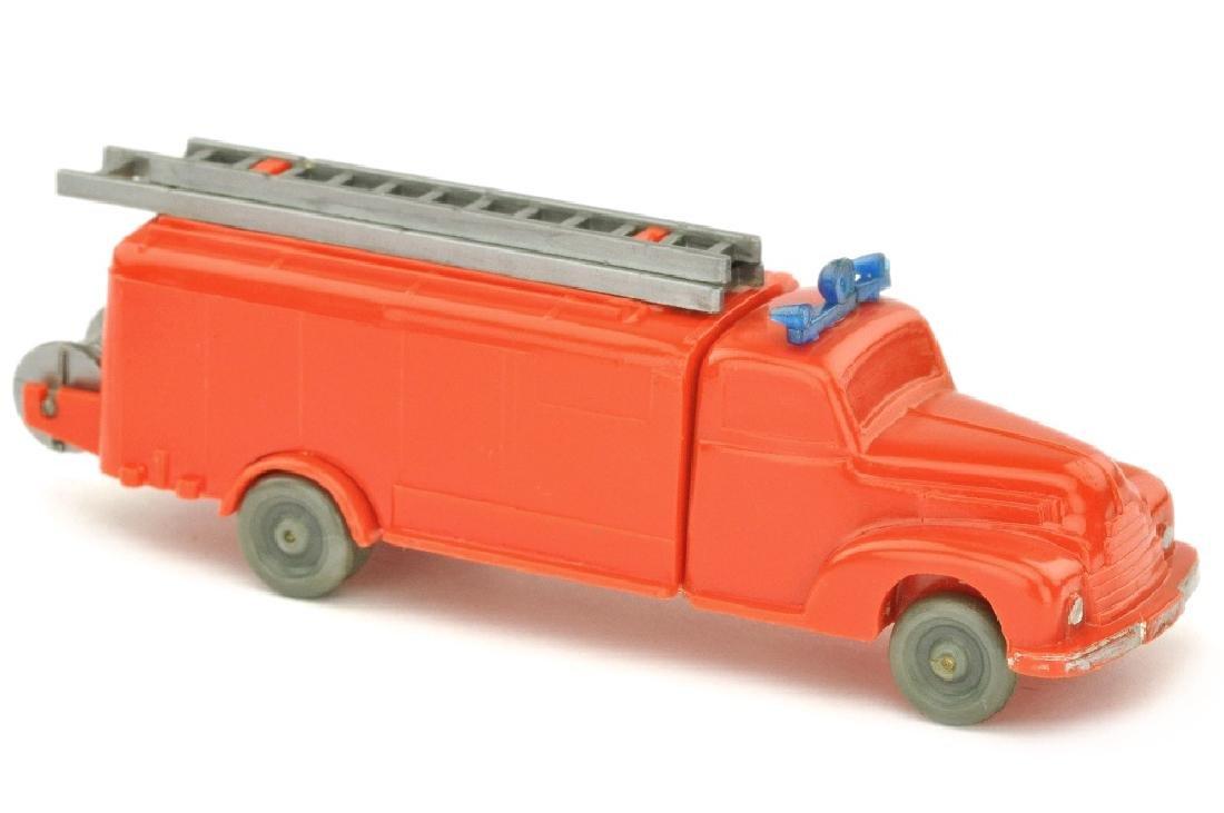 Spritzenwagen Ford (Kabinenboden offen)