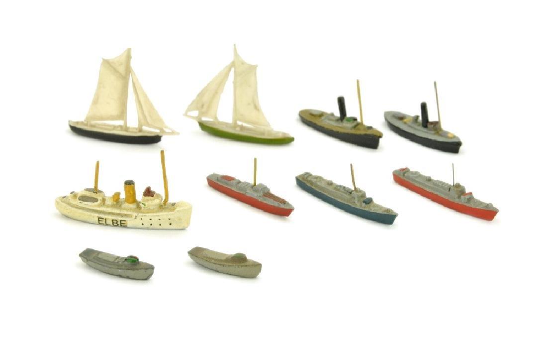 Konvolut 10 kleine Zivilschiffe