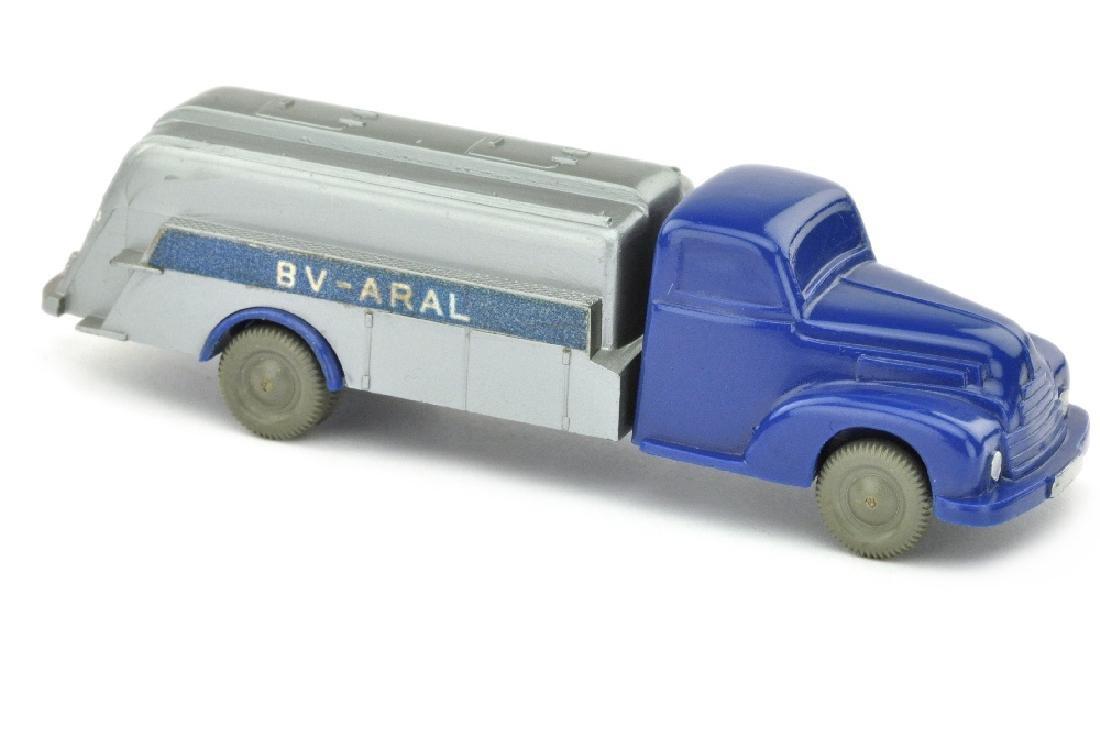 Aral-Tankwagen Ford