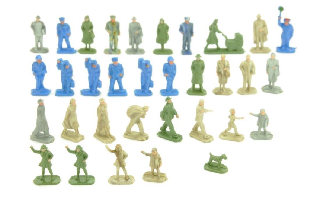 Konvolut 33 einzelne Figuren