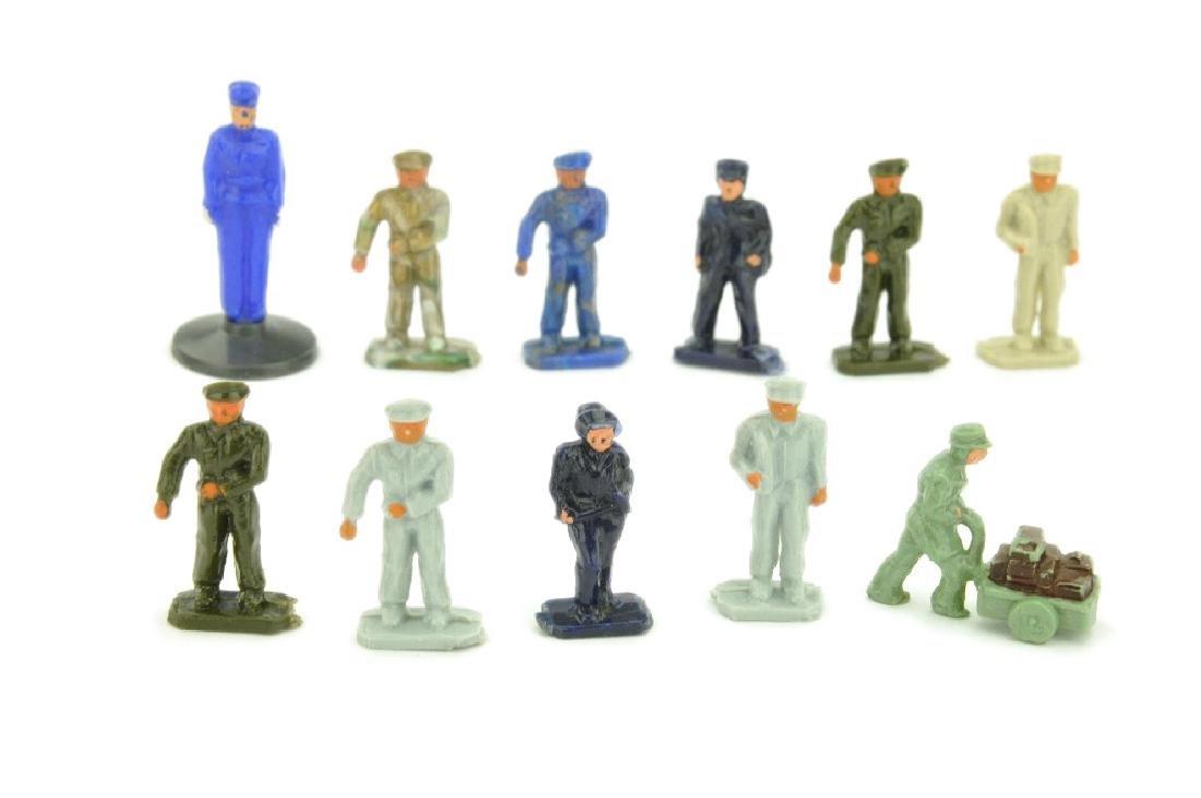 Konvolut 11 Figuren der 50er Jahre