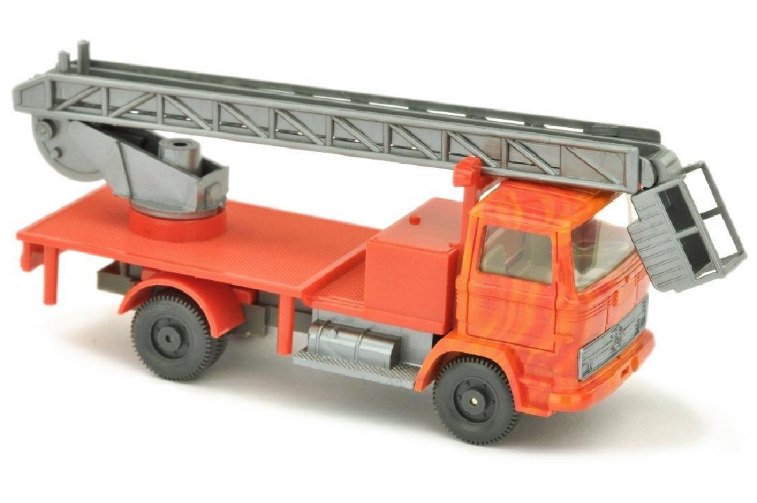 MB 1317 Hebebuehnenwagen (Kabine meliert)