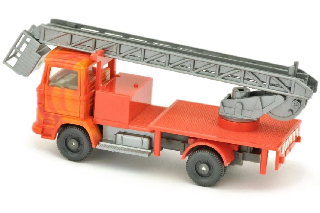 MB 1317 Hebebuehnenwagen (Kabine meliert) - 2