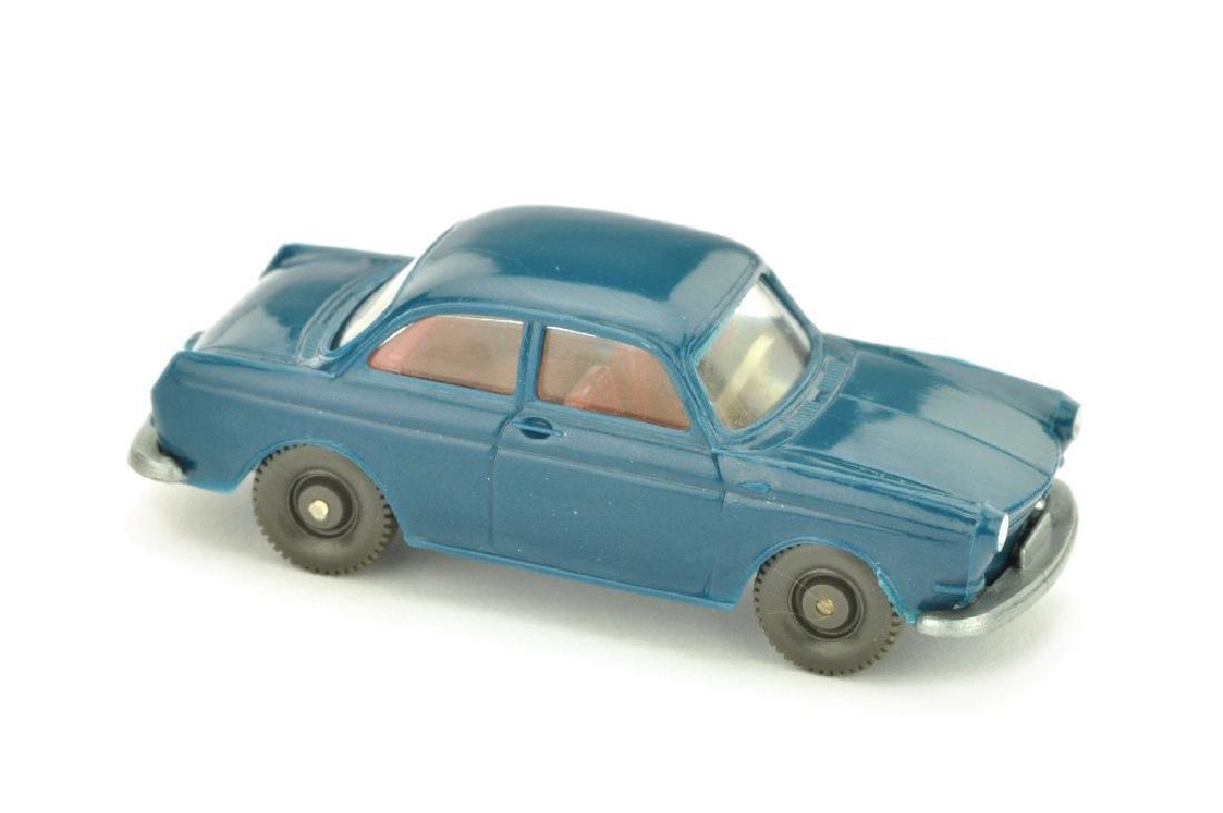 VW 1600 Stufenheck, ozeanblau
