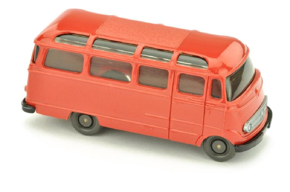 Mercedes L 319 Bus, rot/schwarz (Version /1)