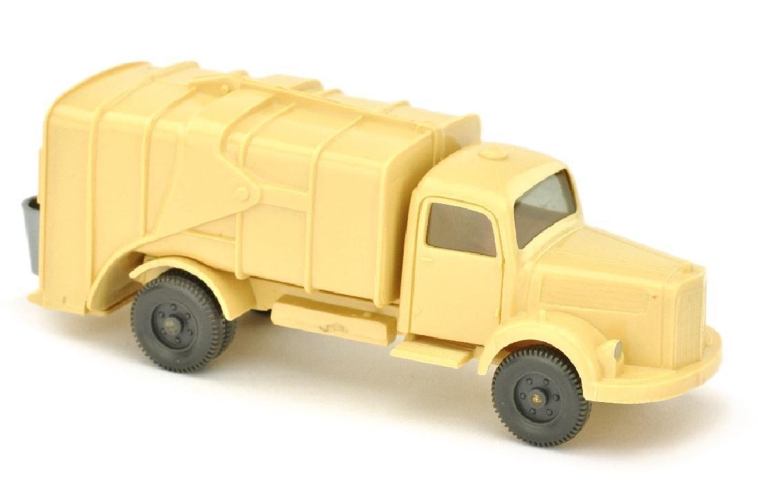 Muellwagen MB 3500, hellbeige (mit Dachluefter)