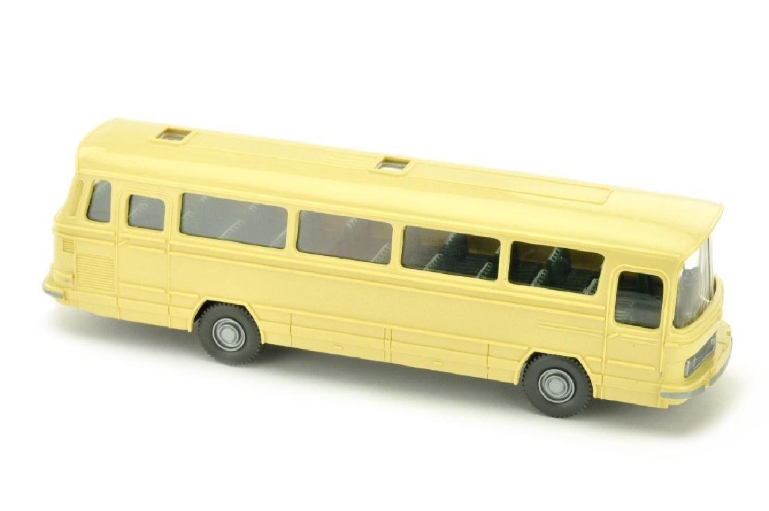 Omnibus Mercedes O 302, hellbeige