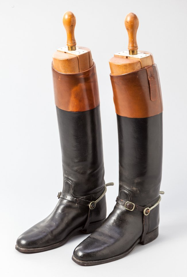 7: Pair of English ''Master of the Hunt'' Riding Boots