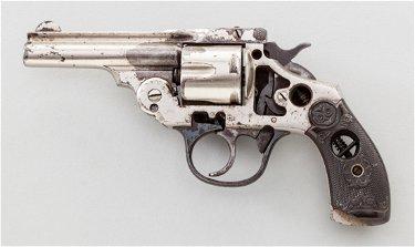 dating Iver Johnson revolveri
