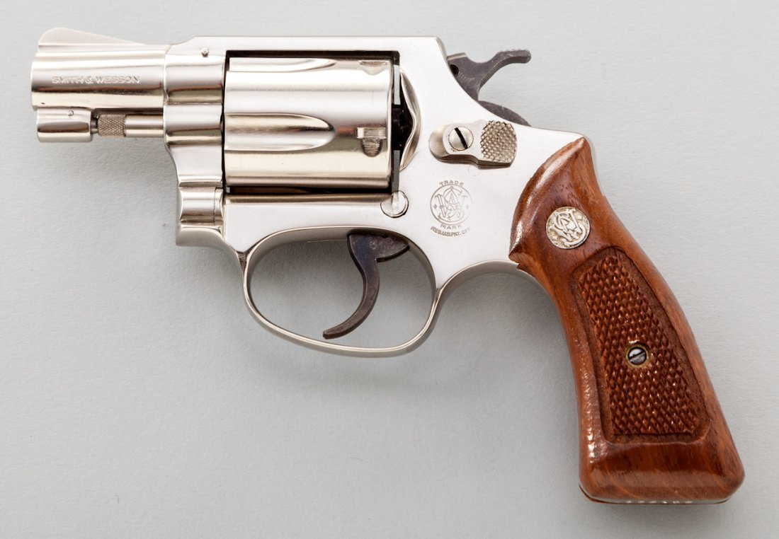 892: Smith & Wesson Model 36 Chief's Special Revolver