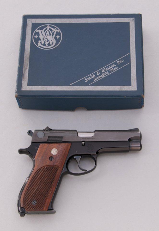 969: Early Alloy Frame S&W Model 39 Semi-Auto Pistol