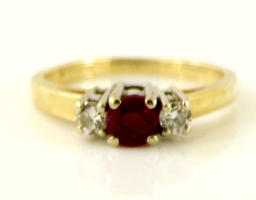 3: 14KT GOLD 3 STONE DIAMOND RUBY ENGAGEMENT RING