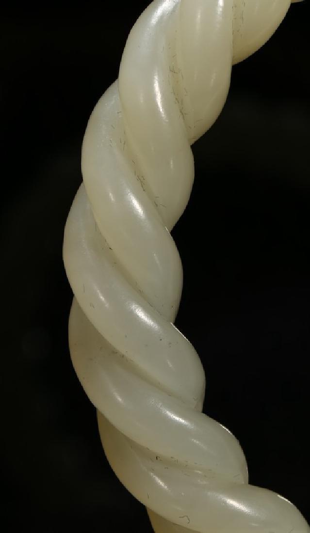 A WHITE JADE TWIST-ROPE BANGLE - 5