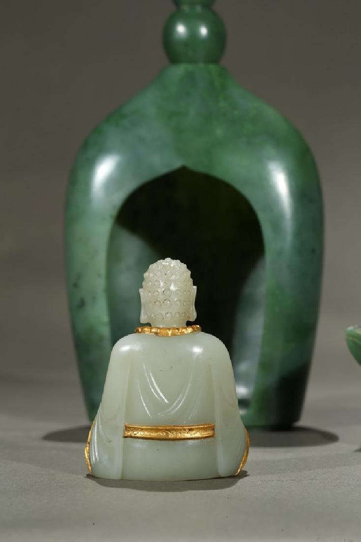 A SPINACH GREEN JADE PAGODA AND WHITE JADE BUDDHA - 8