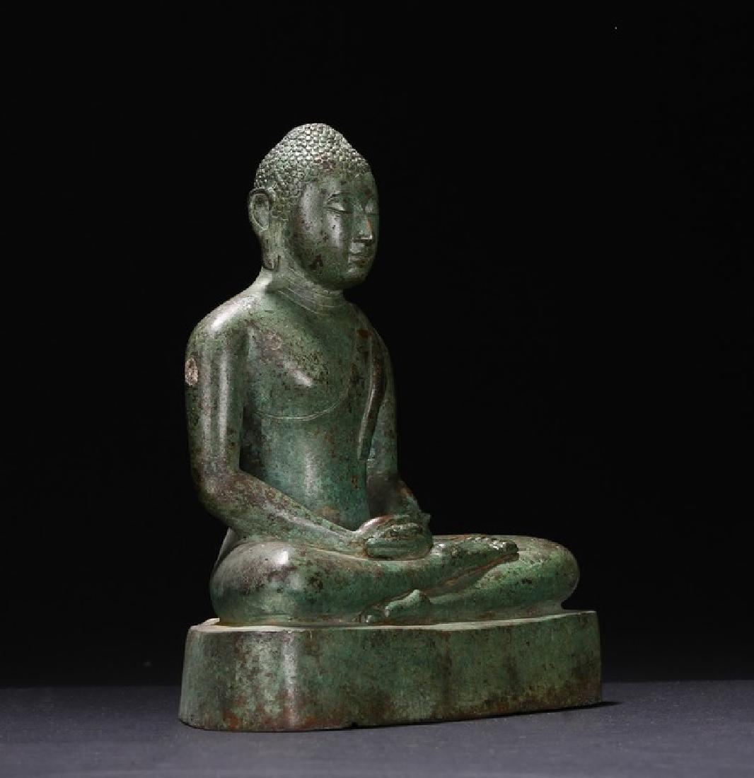 A BRONZE FIGURE OF BUDDHA - 2