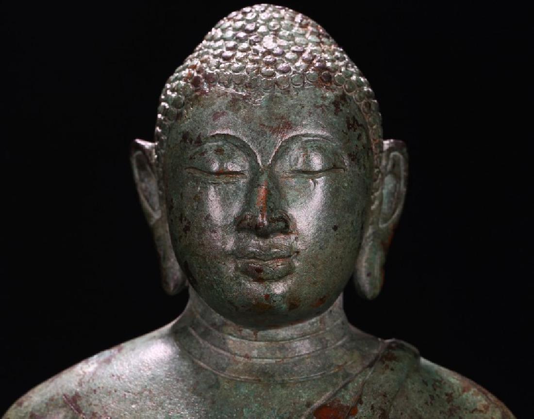 A BRONZE FIGURE OF BUDDHA - 6