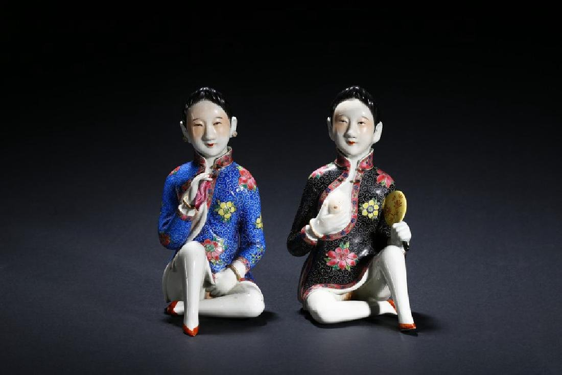 A PAIR OF FAMILLE ROSE EROTIC LADY FIGURES