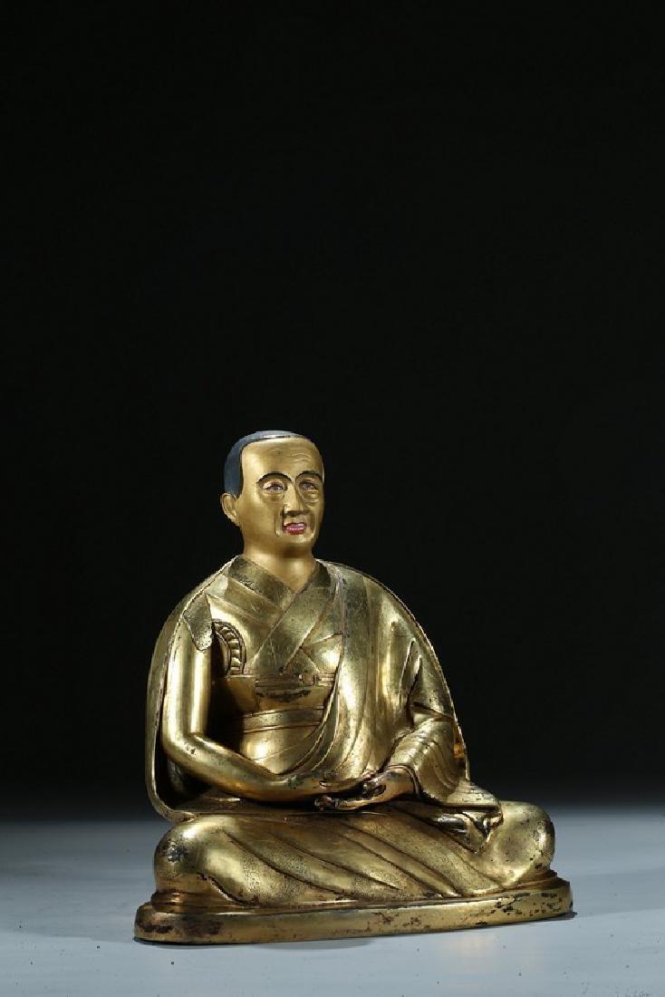 A GILT BRONZE FIGURE OF LAMA WITH INSCRIPTION - 5