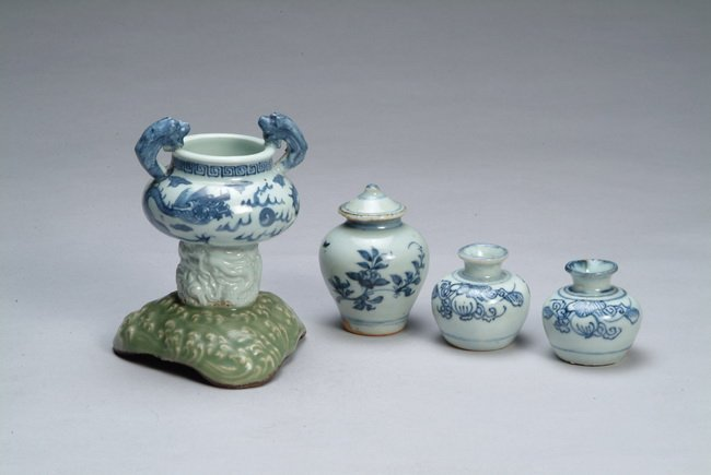 24: A set of four Chinese blue and white porcelain