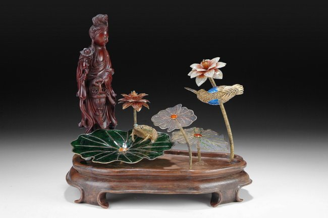 4: A CLOISONNE AND WOOD CARVED GUANYIN ASSEMBLY