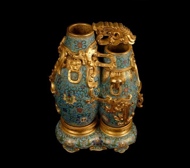 A SET OF CLOISONNE DOUBLE BOTTLE