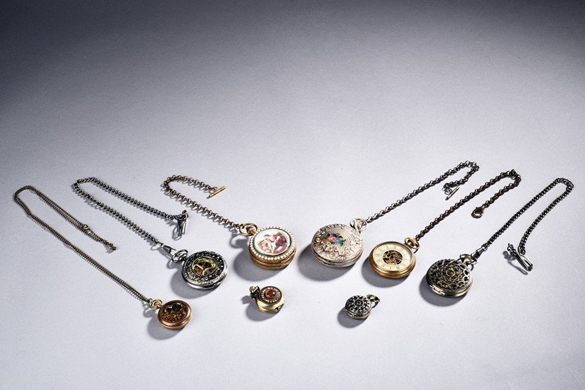 A SET OF EIGHT  POCKET WATCHES