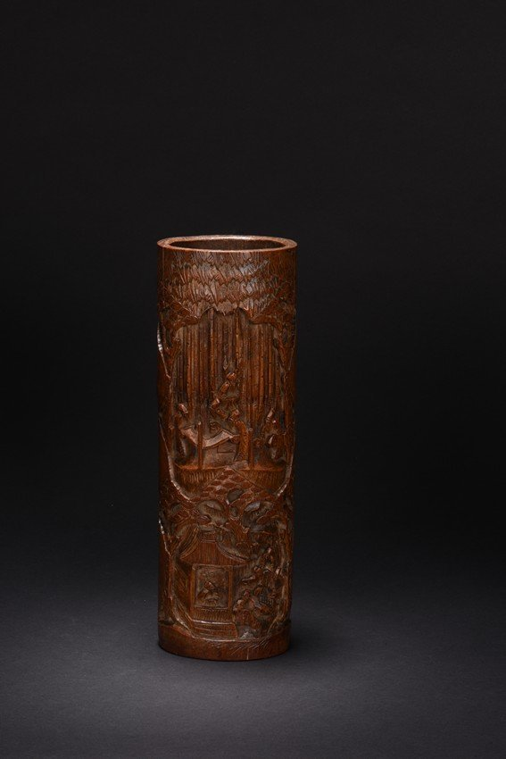 A BAMBOO CARVED BRUSHPOT