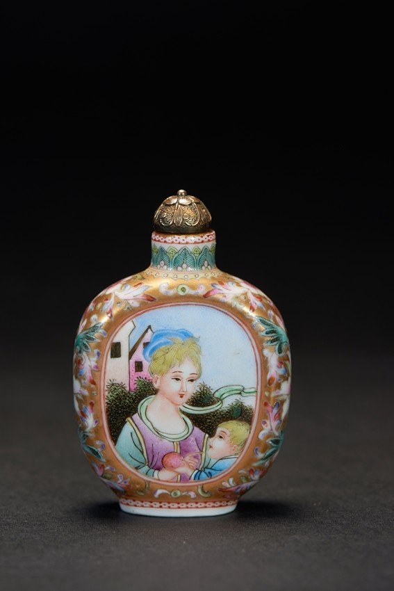 A BEIJING ENAMEL 'EUROPEAN FIGURE' SNUFF BOTTLE