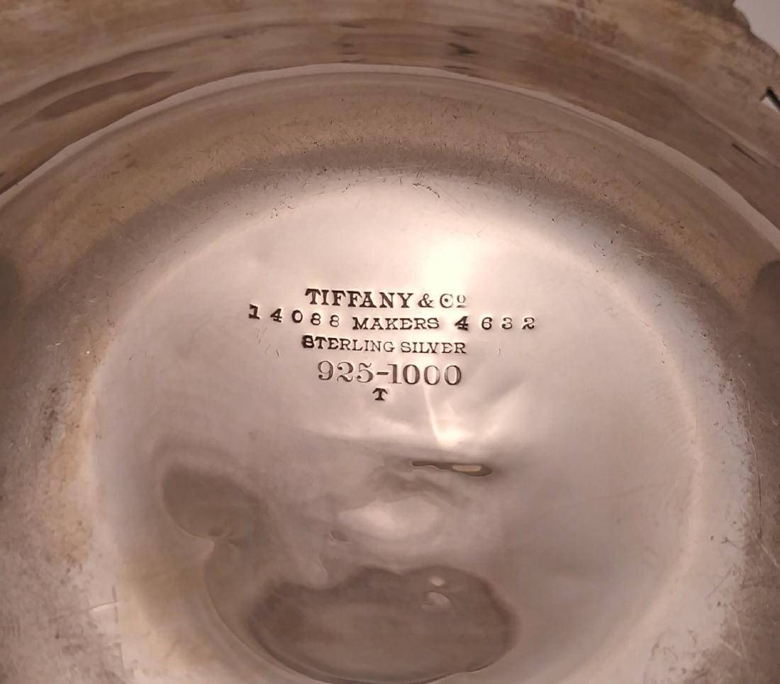 """Tiffany & Co. Sterling Silver 8"""" Berry Bowl - 4"""