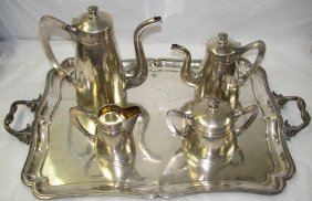 1007: RUSSIAN SILVER TEA SERVICE WITH TRAY