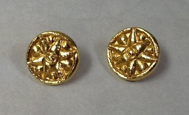 15: Lalounis style hand made 18k gold earrings
