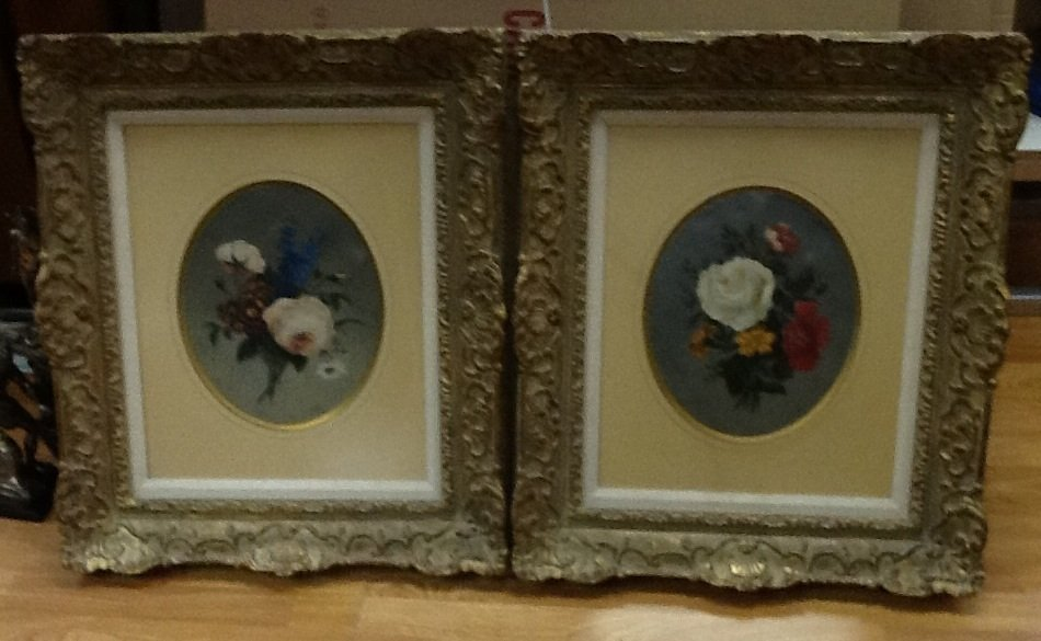 PAIR OF PAINTINGS FLORAL BOUQUETS