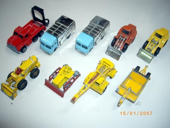 71: lot of 9 Husky & MB trucks