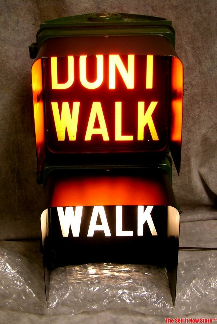 Chicago Walk / Don't Walk Lighted Street Traffic Sign