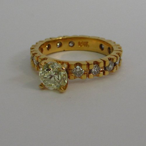 14KT Yellow Gold Bridal Ring with Natural Diamonds